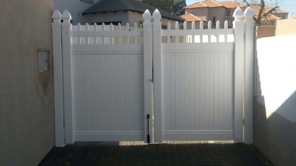Pvc Driveway Gates Fence And Gates At Enduratech